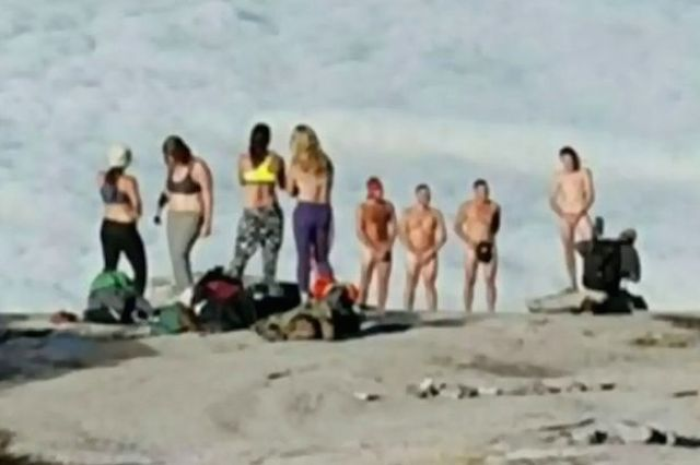 The tourists who stripped on Mt. Kinabalu. Image from 2OceansVibe.
